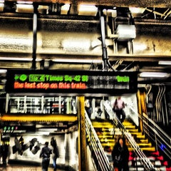 Photo taken at MTA Subway - 42nd St/Times Square/Port Authority Bus Terminal (A/C/E/N/Q/R/S/1/2/3/7) by Amit B. on 10/26/2012