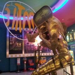 Photo taken at Pathé Balexert by Marlon G. on 11/21/2012
