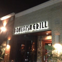 Photo taken at Bonefish Grill by Ellyana E. on 11/8/2012