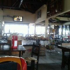 Photo taken at Sinuelo by Dejair C. on 10/31/2012