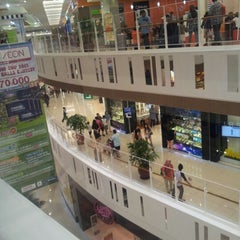 Photo taken at AEON Ipoh Station 18 Shopping Centre by ad6 s. on 11/25/2012