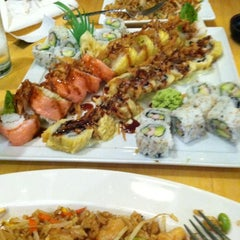 Photo taken at Edamame Sushi & Grill by Stacey on 9/30/2012