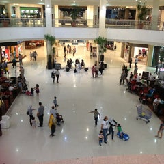 Photo taken at Dandy Mega Mall | داندي ميجا مول by Hana M. on 9/28/2012
