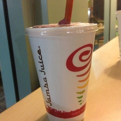 Photo taken at Jamba Juice by Bran M. on 8/9/2013