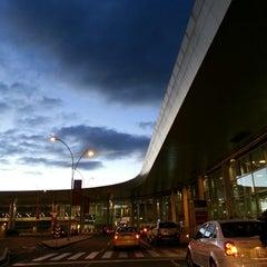 Photo taken at Aeropuerto Internacional El Dorado (BOG) by Kelvin G. on 7/13/2013