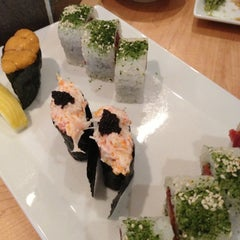Photo taken at Sushi Sasa by Stephen G. on 9/25/2012
