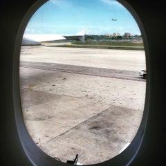 Photo taken at Lufthansa Flight LH 463 by Daniel S. on 8/3/2015