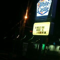 Photo taken at White Castle by Daniel S. on 2/19/2013