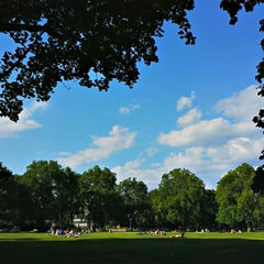 Photo taken at Kennington Park by Jose d. on 8/26/2013