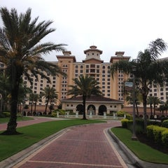 Photo taken at Rosen Shingle Creek Hotel by Matt L. on 4/23/2013