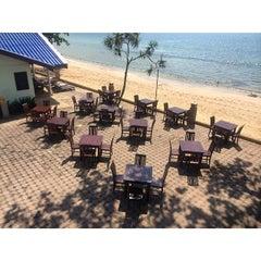 Photo taken at Andaman Lanta Resort by Souththailand T. on 10/28/2014