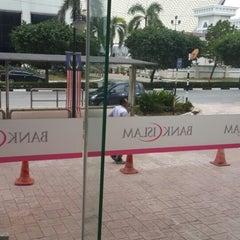 Photo taken at Bank Islam (M) Bhd by Azanida F. on 9/10/2013