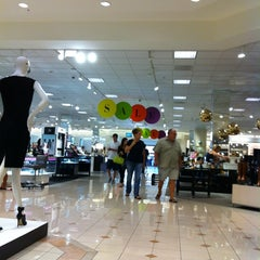 Photo taken at Nordstrom Scottsdale Fashion Square by Rogel C. on 7/20/2013