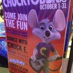 Photo taken at Chuck E. Cheese's by Katrina K. on 10/17/2012