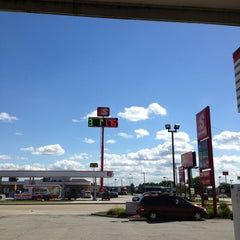 Photo taken at Speedway by Katrina K. on 8/14/2013