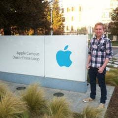 Photo taken at Apple Inc. by Andre C. on 2/27/2013