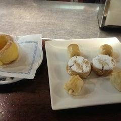 Photo taken at Cafeteria Vejo by Eva on 11/15/2013