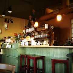 Photo taken at Portfolio Coffeehouse by Jessica W. on 10/9/2012