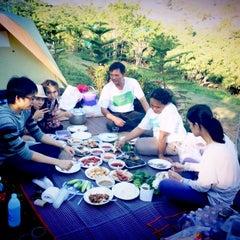 Photo taken at ภูลู่ลมรีสอร์ท (Bhuloolom Resort) by Pat I. on 12/30/2012