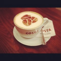 Photo taken at Costa Coffee by Dmitriy T. on 11/4/2012