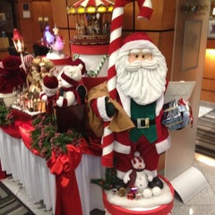 Photo taken at Four Points by Sheraton Vancouver Airport by Ray H. on 12/9/2012