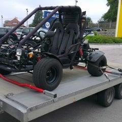 Photo taken at Auto Engleder Hofkirchen GmbH by Günter H. on 9/15/2012