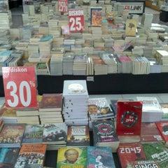 Photo taken at Rumah Buku by Dian Sagita P. on 12/30/2012