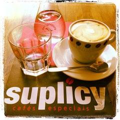 Photo taken at Suplicy Cafés Especiais by Domicio N. on 12/7/2012