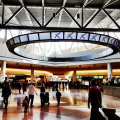 Photo taken at Terminal 5 by Winery E. on 11/20/2012