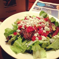 Photo taken at LongHorn Steakhouse by Everzocial   The Social Marketing Agency on 12/5/2012