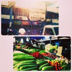 Photo taken at Pasar Flamboyan by Nalia N. on 9/16/2013