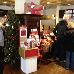 Foto tirada no(a) Starbucks por Dulce Helena Melchiori N. em 12/17/2012