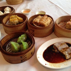 Photo taken at Dim Sum Go Go by Debbie L. on 12/22/2012