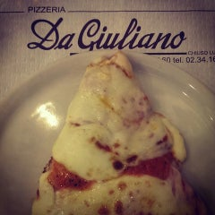 Photo taken at Pizzeria Da Giuliano by Lucia D. on 1/22/2014