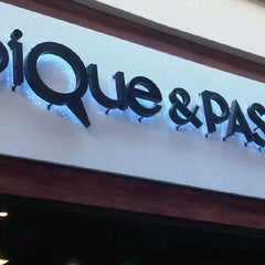 Photo taken at Pique y Pase by Andrea R. on 11/18/2012