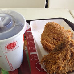 Photo taken at McDonald's by Sc S. on 4/16/2014