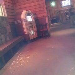 Photo taken at Logan's Roadhouse by Antoine J. on 10/26/2012