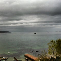 Photo taken at Su'dan Restaurant by Erdal B. on 12/2/2012