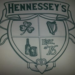 Photo taken at Hennessey's Tavern by Gary R. on 5/31/2013