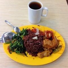 Photo taken at Fu San Man Food Summons by walter g. on 9/26/2014