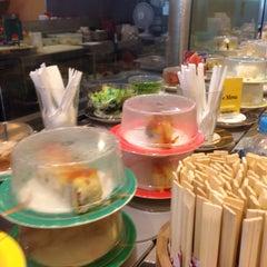 Photo taken at Sushi Bay by Jin K. on 2/12/2016