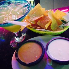 Photo taken at Nachos and Beer by Kerran D. on 11/21/2014
