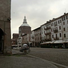 Photo taken at Piazza della Vittoria by Rasmus K. on 10/14/2012