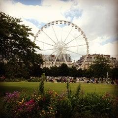 Photo taken at Jardin des Tuileries by Nikolas M. on 6/27/2013