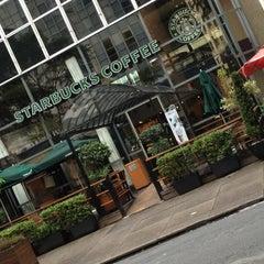 Photo taken at Starbucks by Dimas T. on 1/13/2013