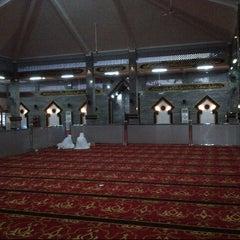 Photo taken at Masjid Raya Al-Musyawarah by Santi Yuliana S. on 4/4/2013