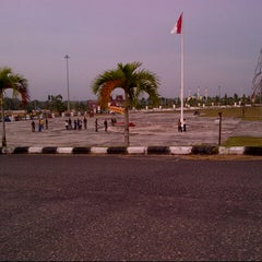 Photo taken at Lapangan Upacara Kantor Bupati by Debby L. on 1/10/2013