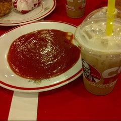 Photo taken at KFC by Panky P. on 1/30/2014