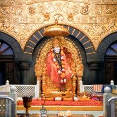Photo taken at Shirdi Sai Baba Temple (Samadhi Mandir) by Gautam K. on 1/10/2014