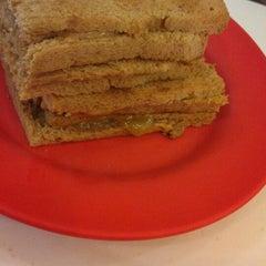 Photo taken at Ya Kun Kaya Toast by Aldrin M. on 11/30/2012